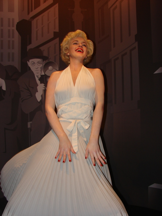Marilyn_Monroe_Wax_Statue_in_Madame_Tussauds_London